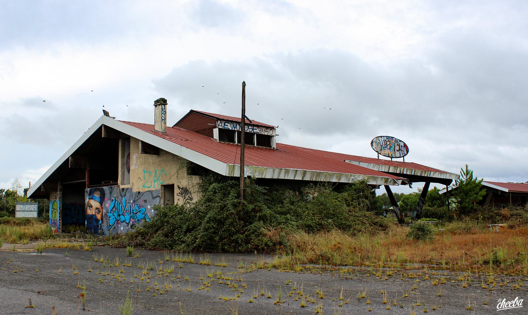 Urbex à la station-service abandonnée Pares - Urbex Alsace