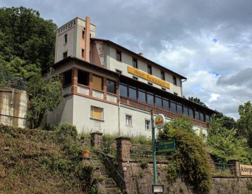 Urbex Auberge du Haut-Koenigsbourg à Orschwiller - Urbex Alsace by El Cheeba