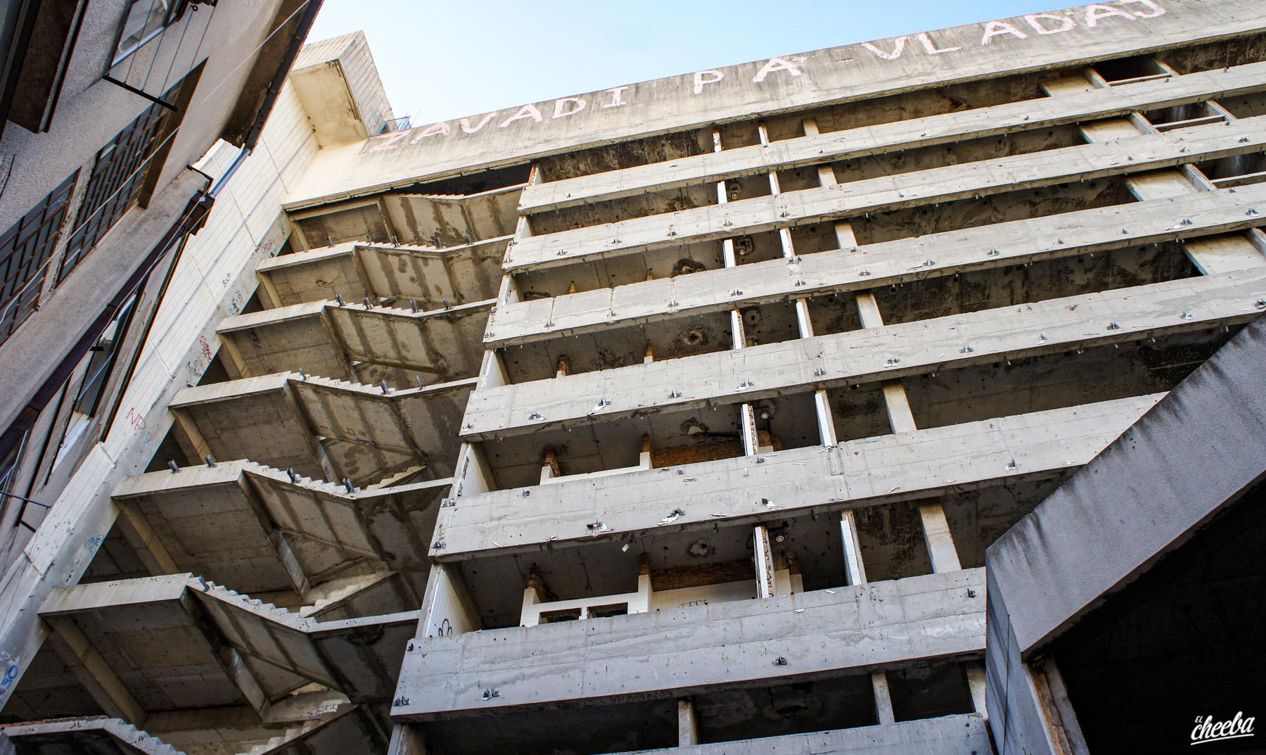 Urbex Sniper Tower, la tour sniper de Mostar en Bosnie - Urbex Europe by El Cheeba