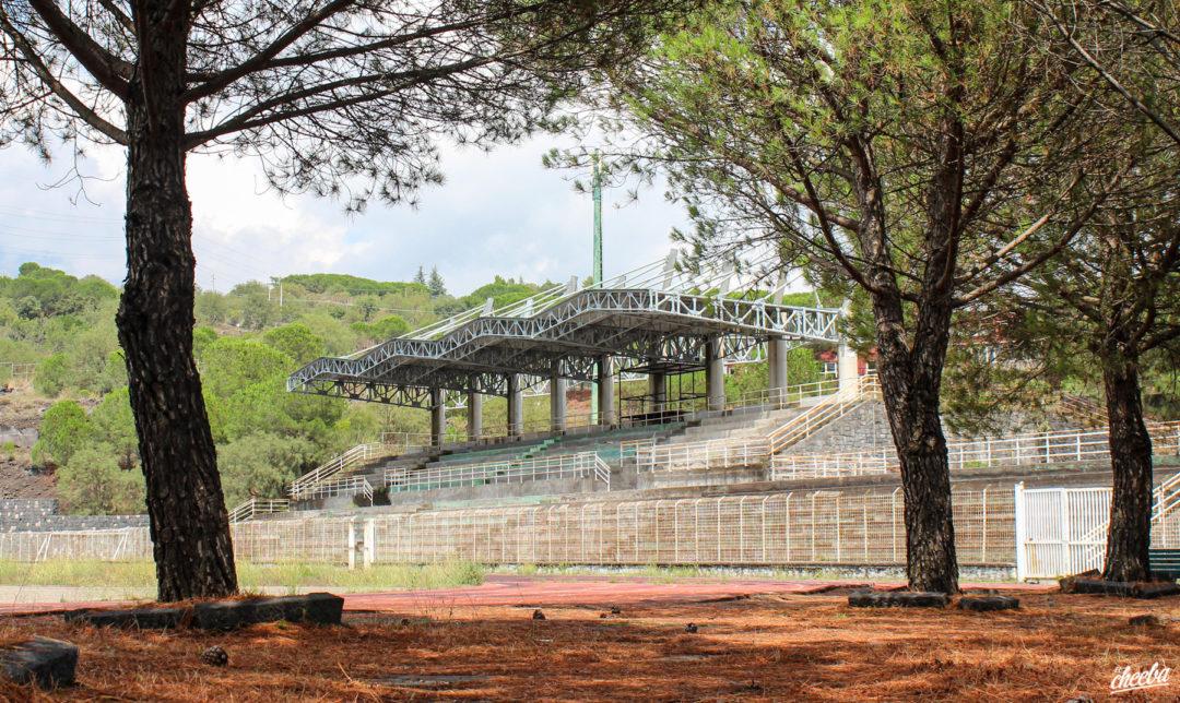 Urbex Stadio del Nuoto à Nicolosi en Sicile - Urbex Italie by El Cheeba