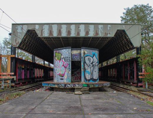 Urbex Station de Métro abandonnée à Charleroi - Urbex Belgique by El Cheeba