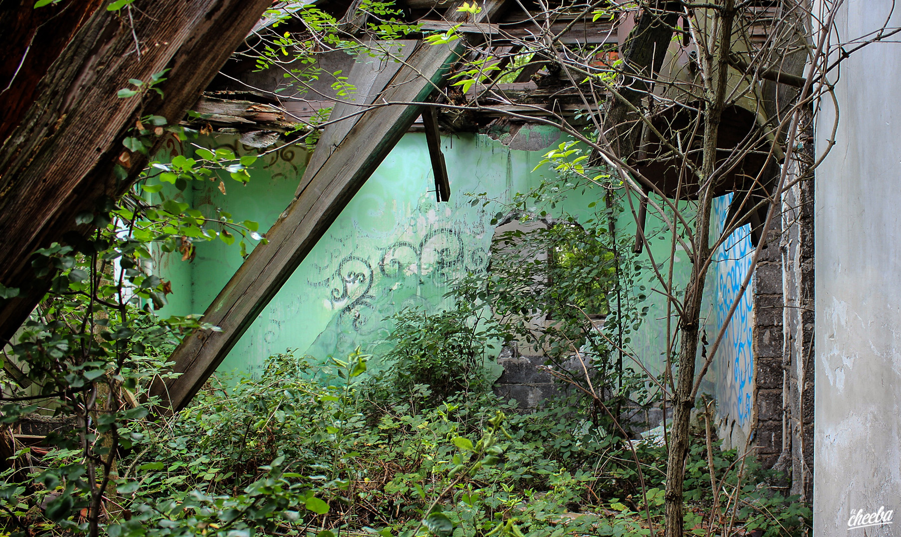 Urbex à l'hôtel Saint-Hippolyte en Alsace - Urbex Alsace by El Cheeba