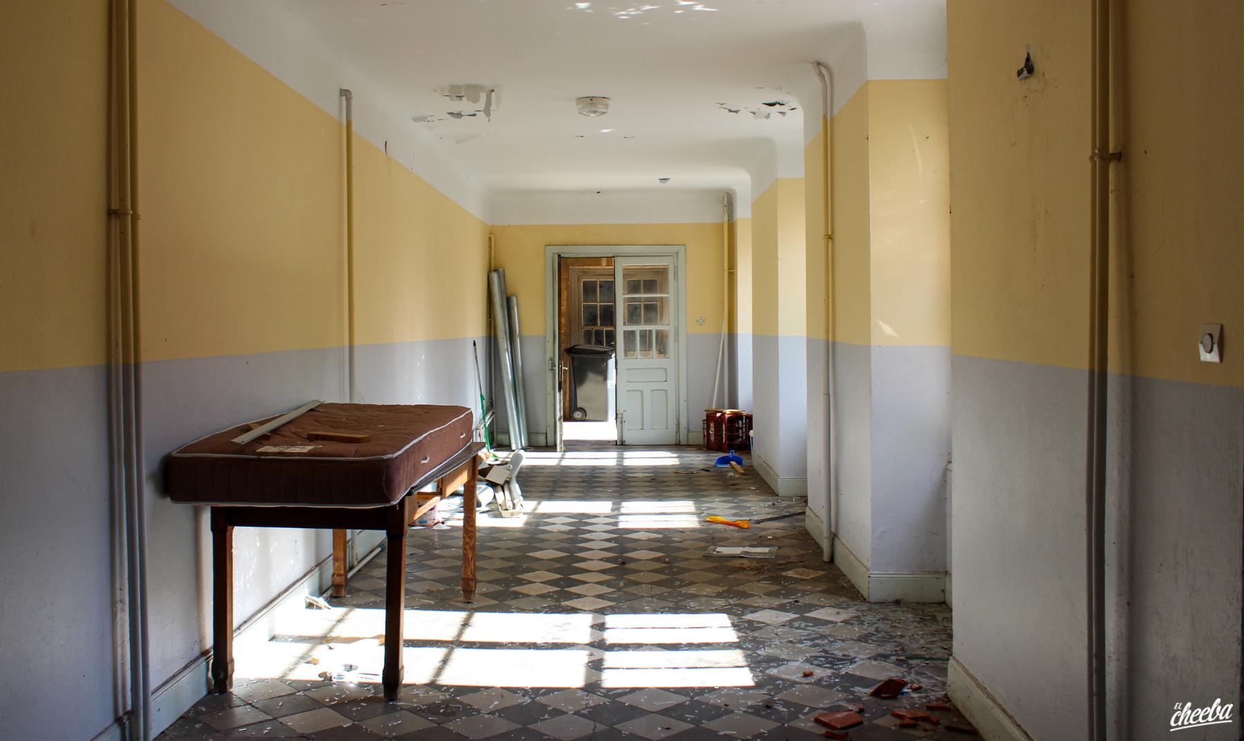 Urbex au Lycée du Corbeau, un lycée abandonné - Urbex Alsace